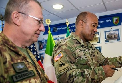 20th September - NRDC-ITA receives LANDCOM Commander visit