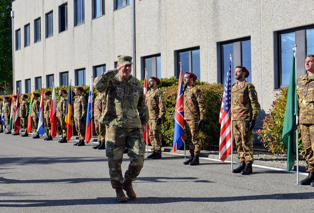 NRDC-ITA hosts the Commander of the NATO Allied Land Command