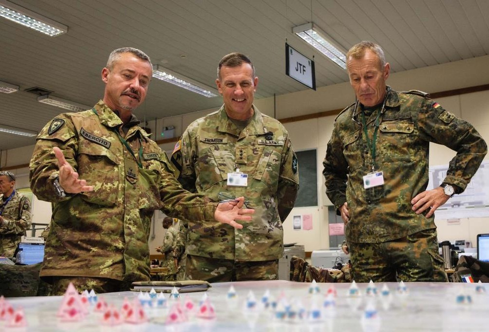 Successful mutual training between sibling HQs in ARRCADE Fusion 19