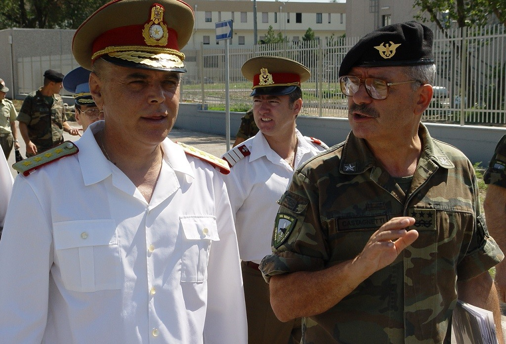 ROMANIAN CHIEF OF DEFENCE VISITS NRDC-IT