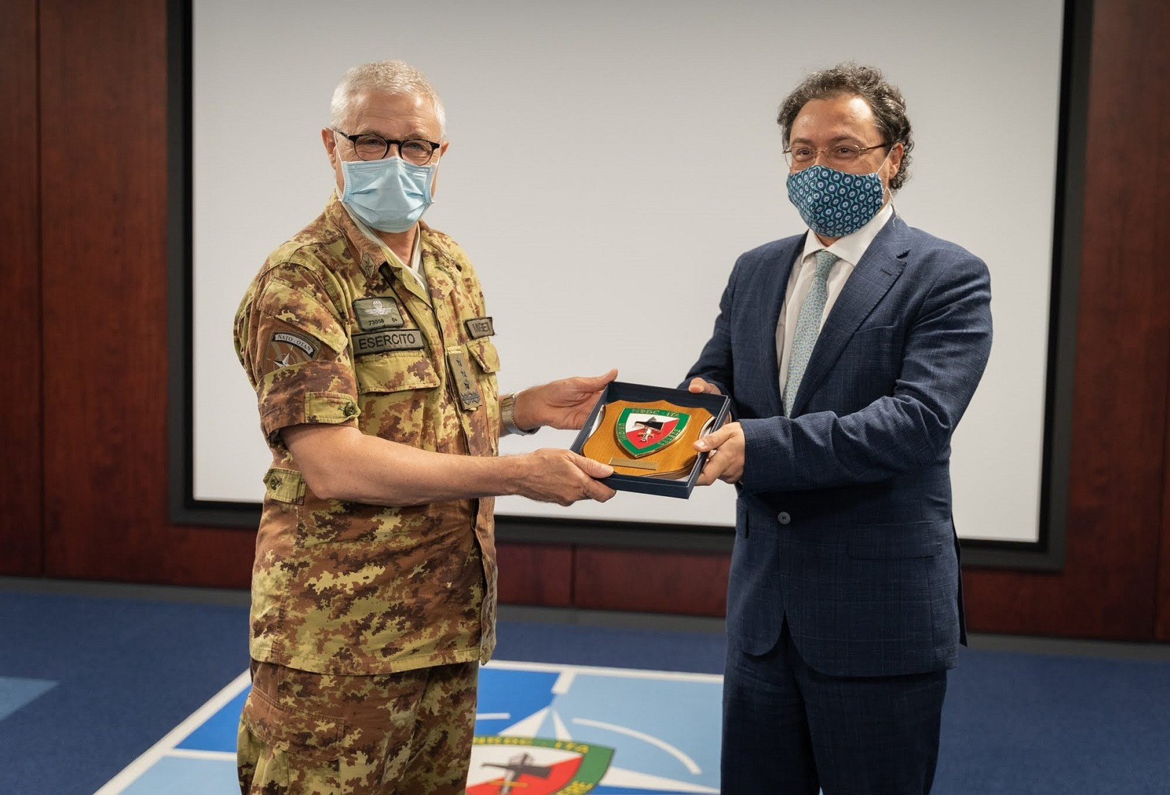 General Miglietta meets the Consul General of Turkey