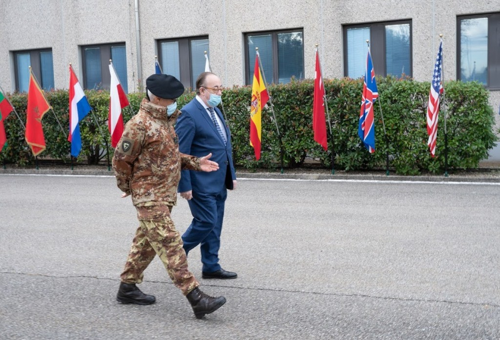 General Miglietta meets the Spanish Consul General